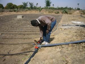 Youssou et son installation hydrolique